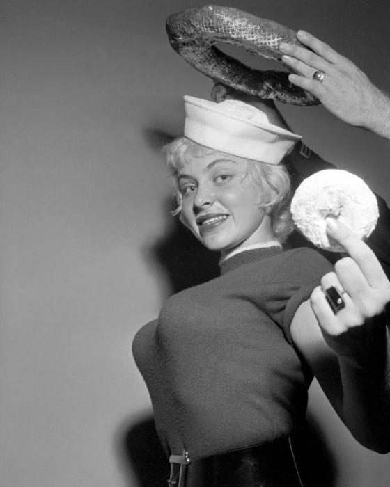 Джой Харман, представлявшая на конкурсе город Нью-Йорк, получила своеобразную «корону» став лучшей в борьбе за столь необычный титул.